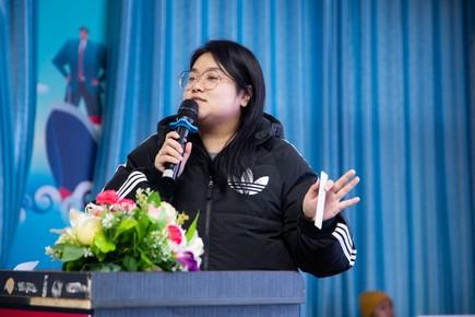 长沙新华校园招聘宣讲会之美之翼装饰专场